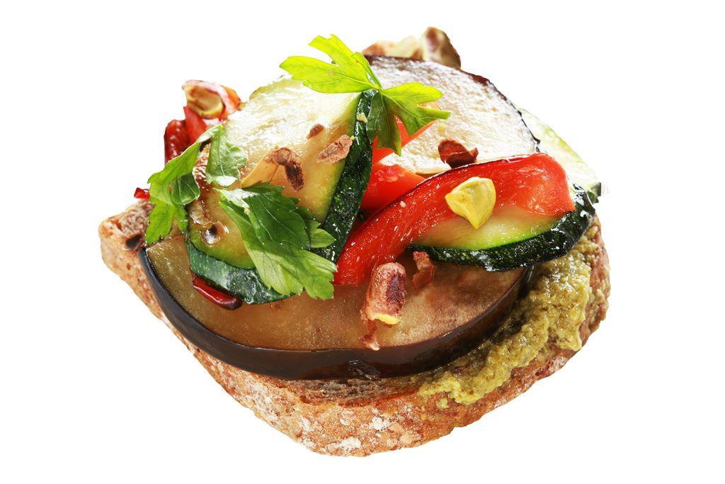 Kanapka śródziemnomorska z grillowanymi warzywami