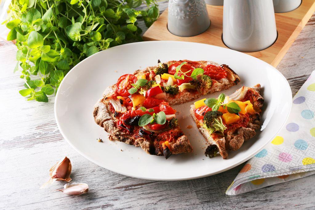 Pełnoziarniste minipizze z warzywami