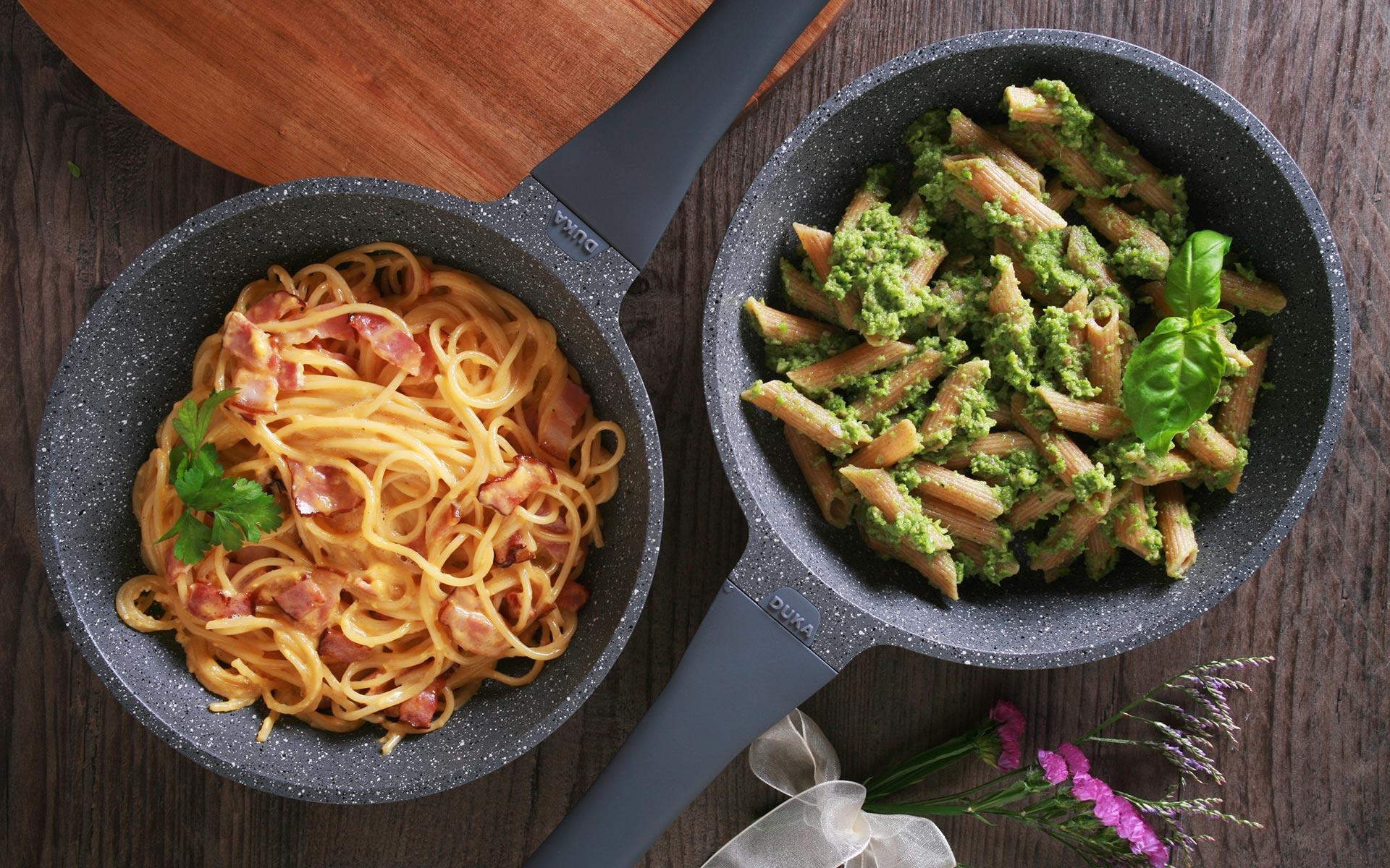 Makaron pesto z brokułów i słonecznika vs. Makaron carbonara