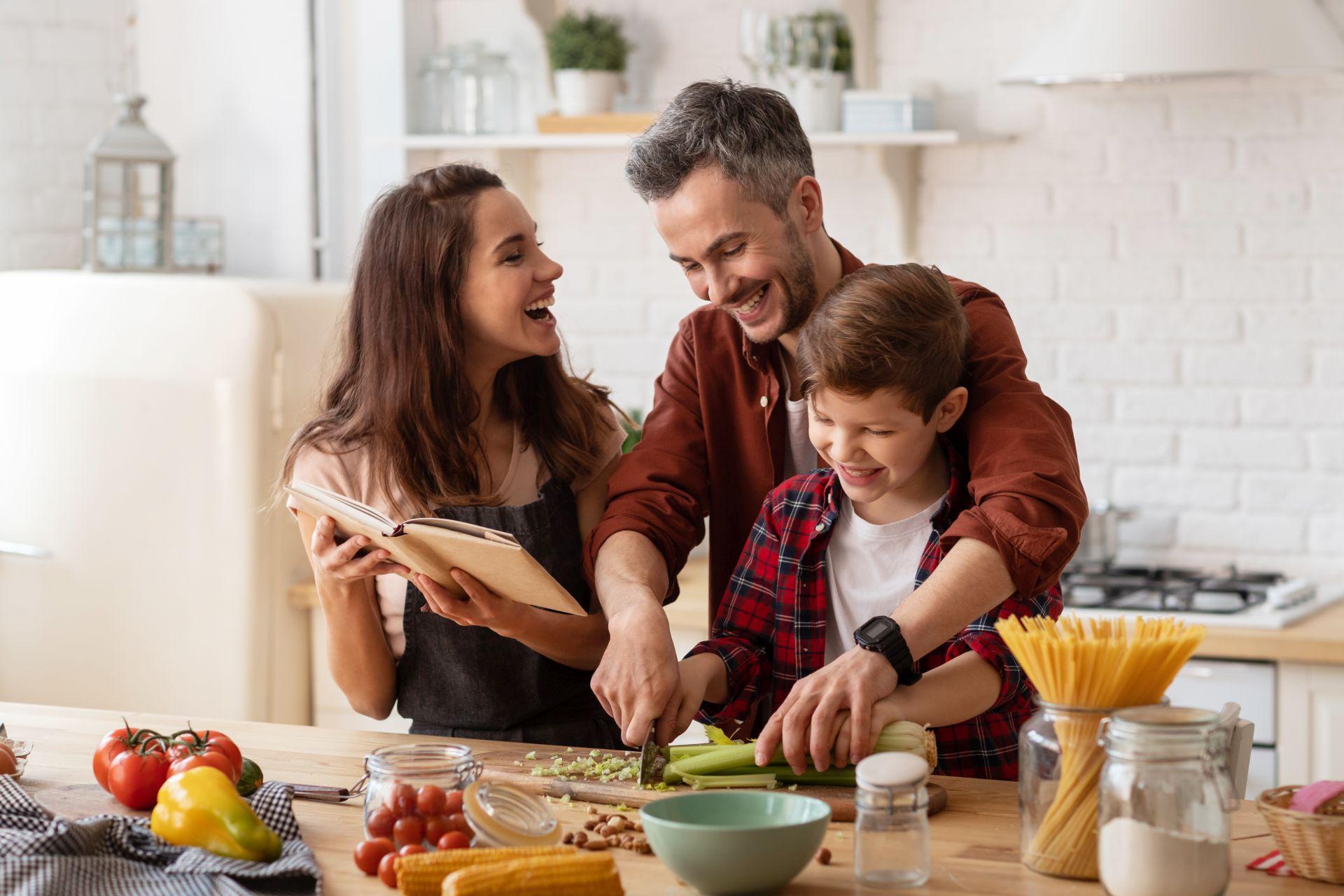 Jak obniżyć podwyższony cholesterol? Sterole roślinne to skuteczny sposób na obniżenie cholesterolu nawet o 7-10% przy spożyciu 1,4-2g dziennie.