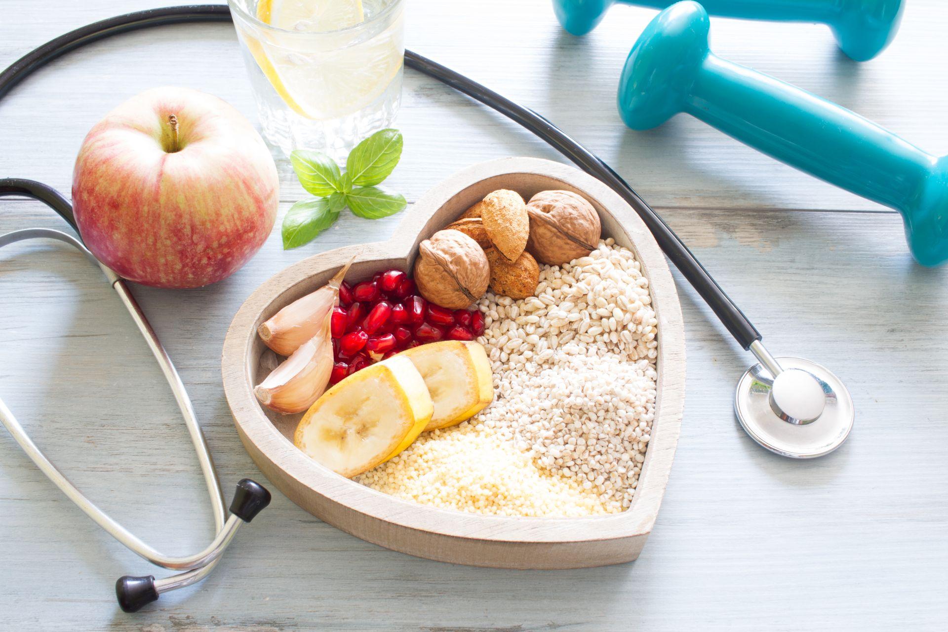 Cholesterol - mity i fakty, które zmienią twoje postrzeganie o tematyce cholesterolu - w jakim wieku wykonać badania, czy cholesterol wiąże się tylko z nadwagą, czy podwyższony cholesterol zawsze oznacza chorobę? Sprawdź!