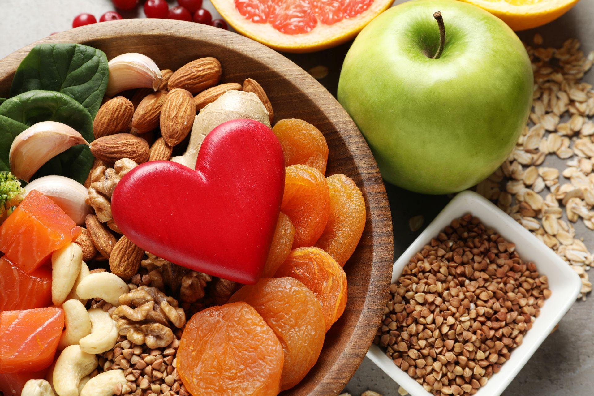 Czym jest indeks glikemiczny? To miernik wzrostu glukozy we krwi, który określa szybkość, z jaką ludzki organizm rozkłada węglowodany. Sprawdź dietę o niskim indeksie glikemicznym.