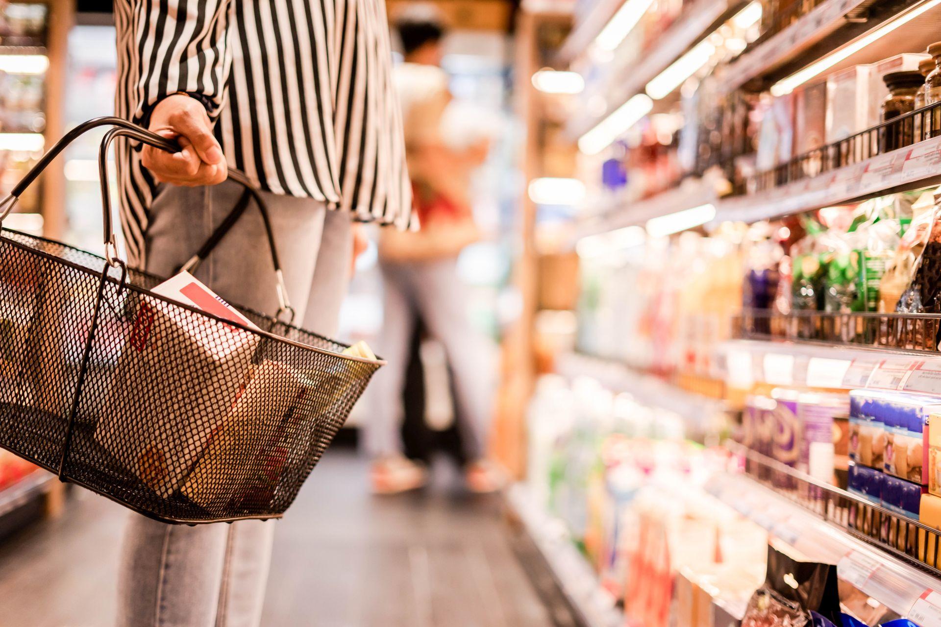 Na czym polega dieta dobrych produktów? Jak robić zdrowe zakupy i wybierać zdrowe tłuszcze, mięso, owoce i warzywa? Jak unikać produktów wysoko przetworzonych i czuć się dobrze? Czytaj więcej!