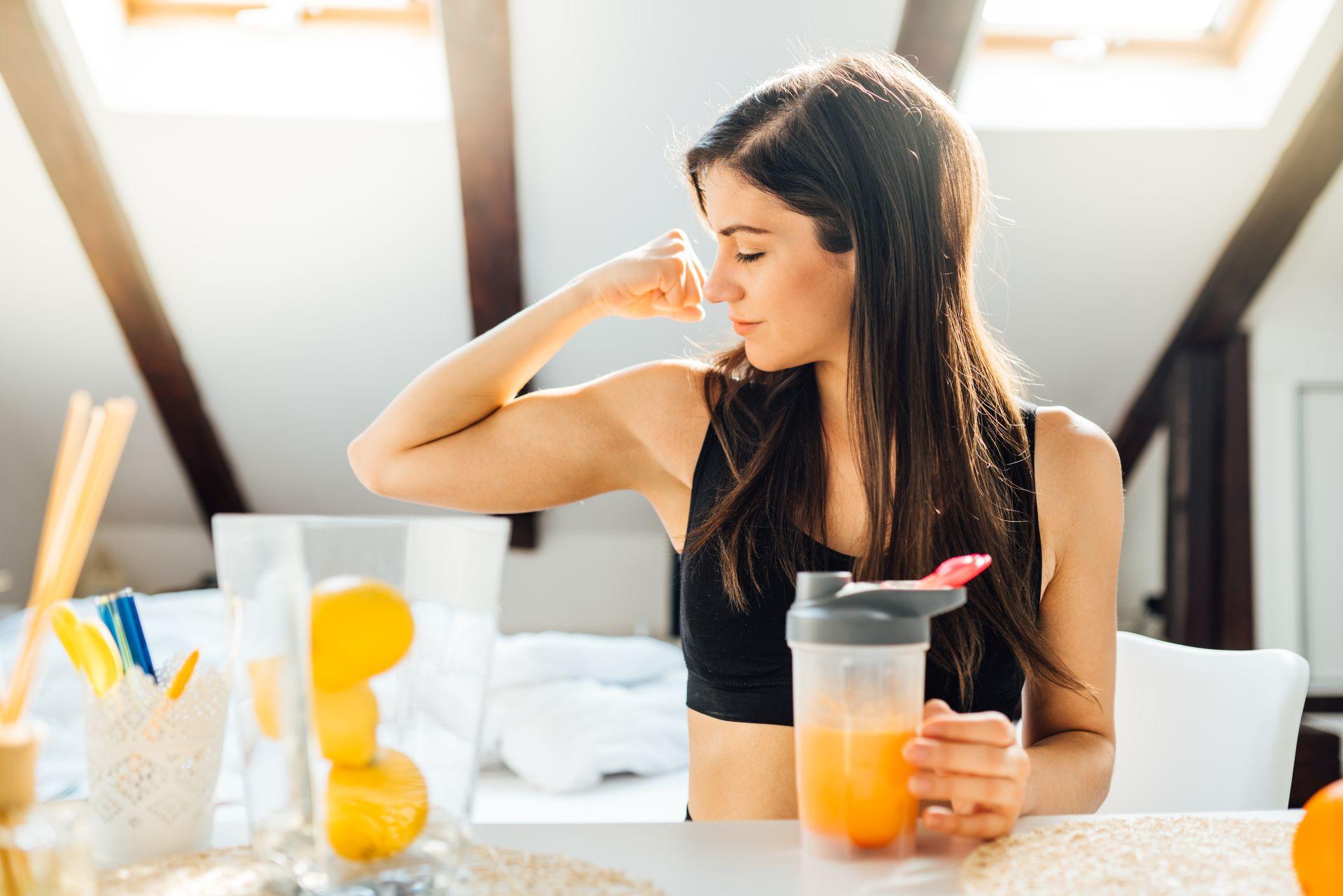 Dieta jesienna dla dorosłych bogata w kwas DHA i EPA, kwasy tłuszczowe Omega-3, witaminy i składniki odżywcze to idealna dieta na odporność, która pomoże wzmacniać organizm przez cały rok.