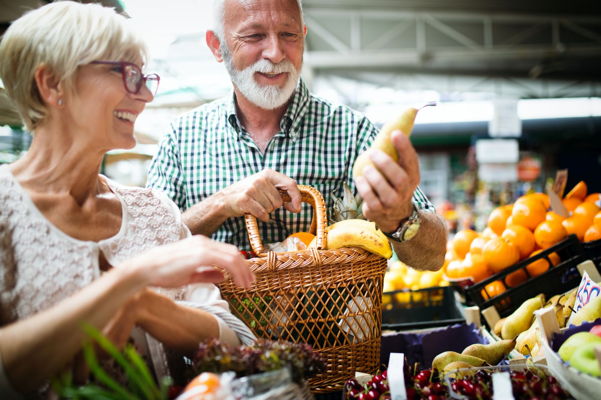 Dieta miażdżycowa - jadłospis możesz ułożyć dla całej rodziny, a tym samym wspierać bliską osobę, która cierpi na chorobę serca lub wysoki cholesterol.