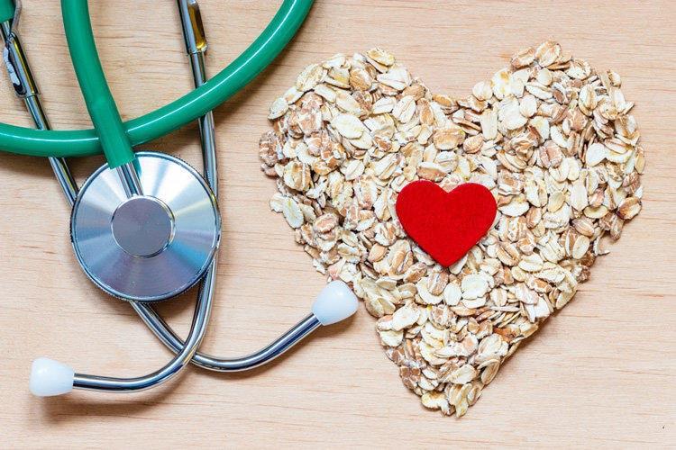 Dieta niskocholesterolowa: jak obniżyć wysoki cholesterol?