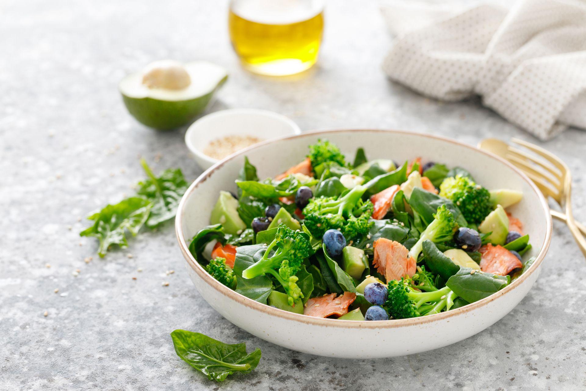 Dieta po zawale serca - co jeść po zawale, aby wspomagać pracę serca, obniżyć cholesterol i zadbać o prawidłowe ciśnienie krwi?