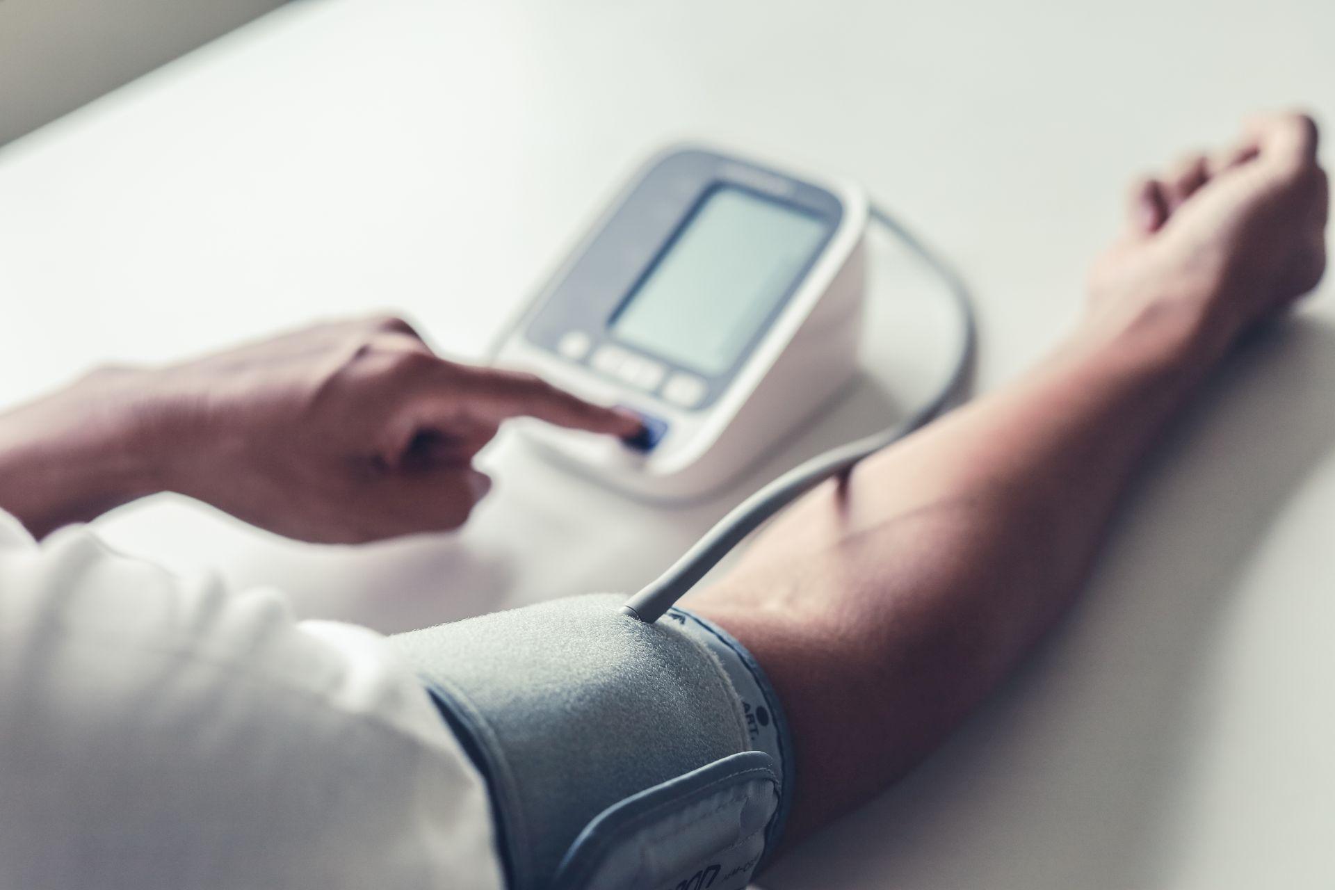 Nadciśnienie tętnicze - dieta i zmiana stylu życia pozwolą zmniejszyć ciśnienie krwi bez leków.