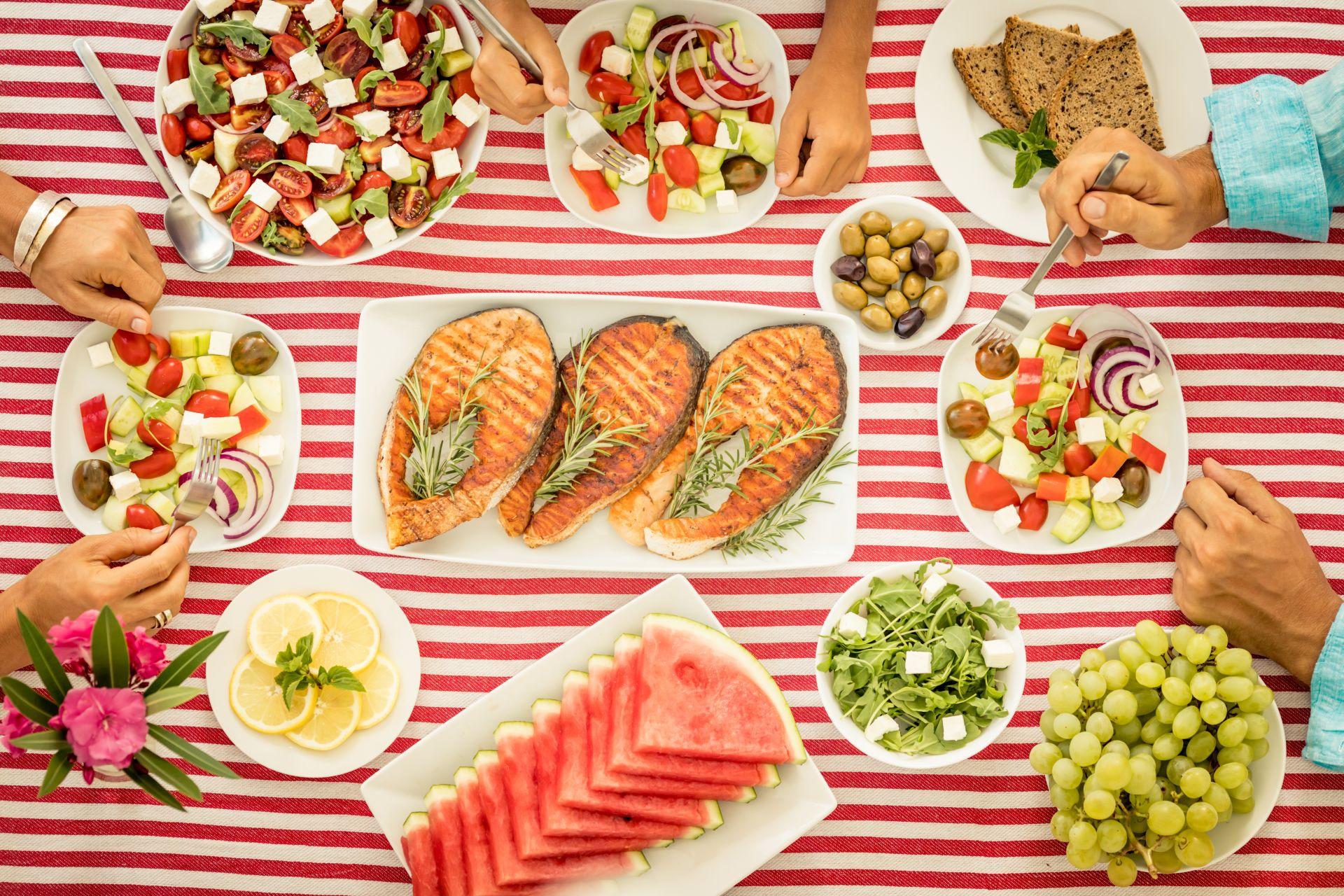 Dieta śródziemnomorska - przepisy zdrowe dla serca, zasady diety, jadłospis i zdrowe produkty wspomagające pracę serca i profilaktykę obniżania cholesterolu