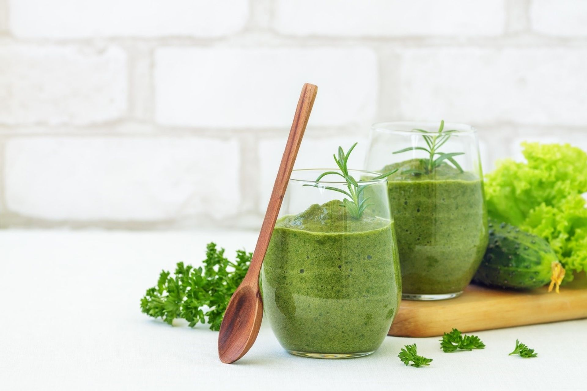 Smoothie warzywno-owocowe w diecie ketogennej