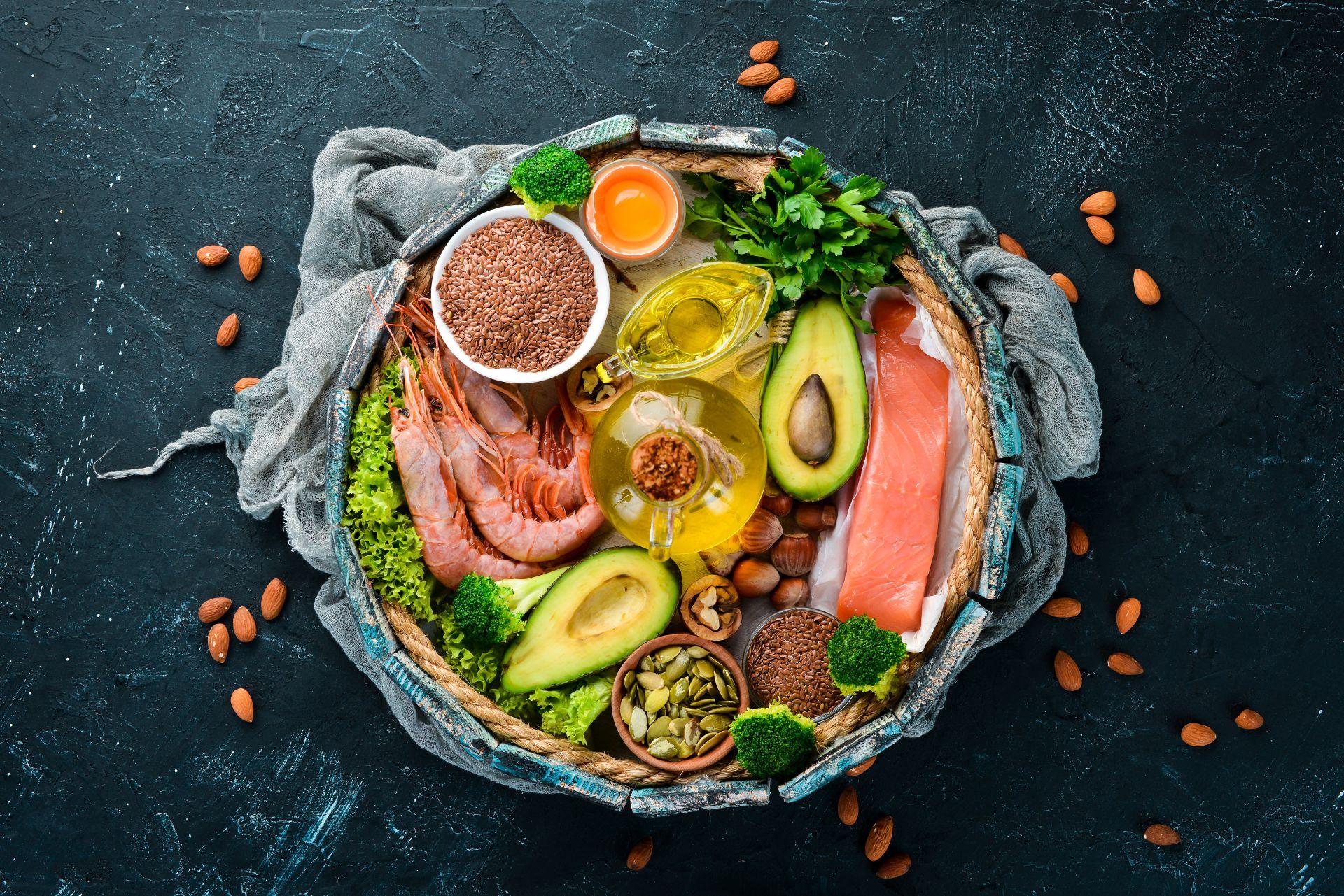 Kwasy Omega-6 - poznaj źródła zdrowych kwasów tłuszczowych, działanie i właściwości kwasów Omega-6 oraz dlaczego warto równoważyć je z kwasami Omega-3.