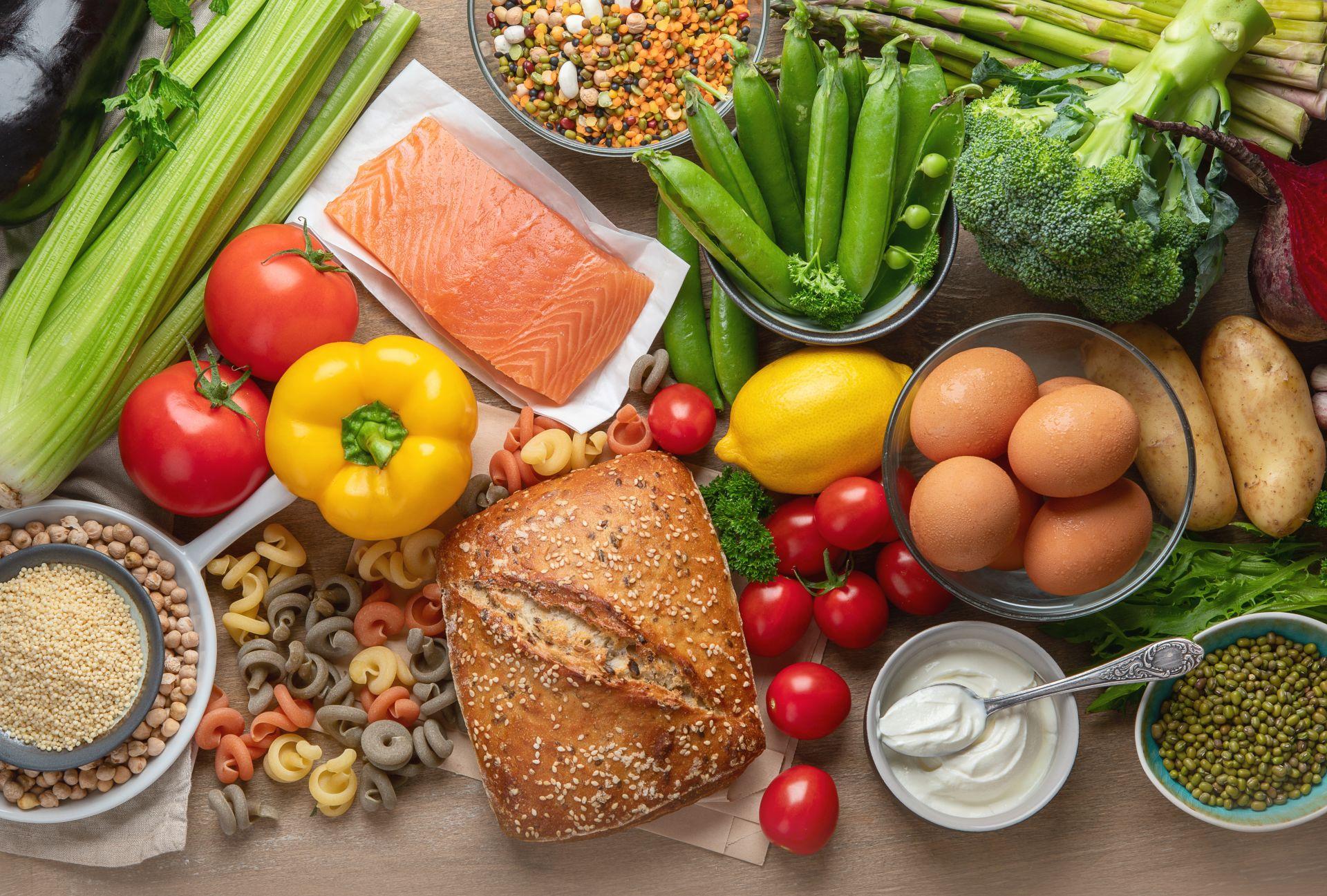 Profil lipidowy zaburzony? Sprawdź, jak powinna wyglądać dieta na obniżenie cholesterolu i dlaczego warto wdrożyć sterole roślinne do codziennego jadłospisu.