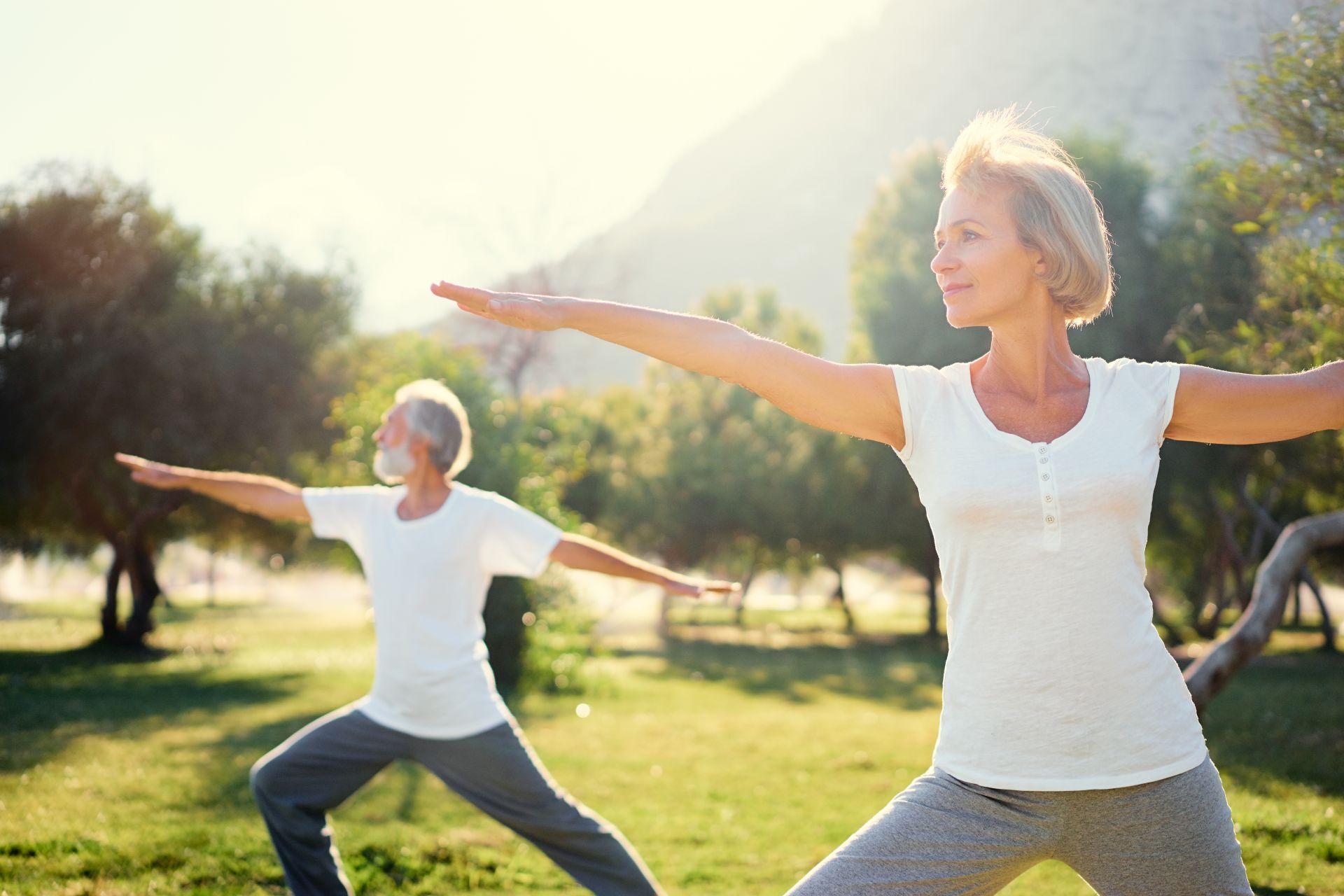 Aktywność fizyczna i zbilansowana dieta bogata w sterole roślinne to sposób na profilaktykę obniżenia cholesterolu.