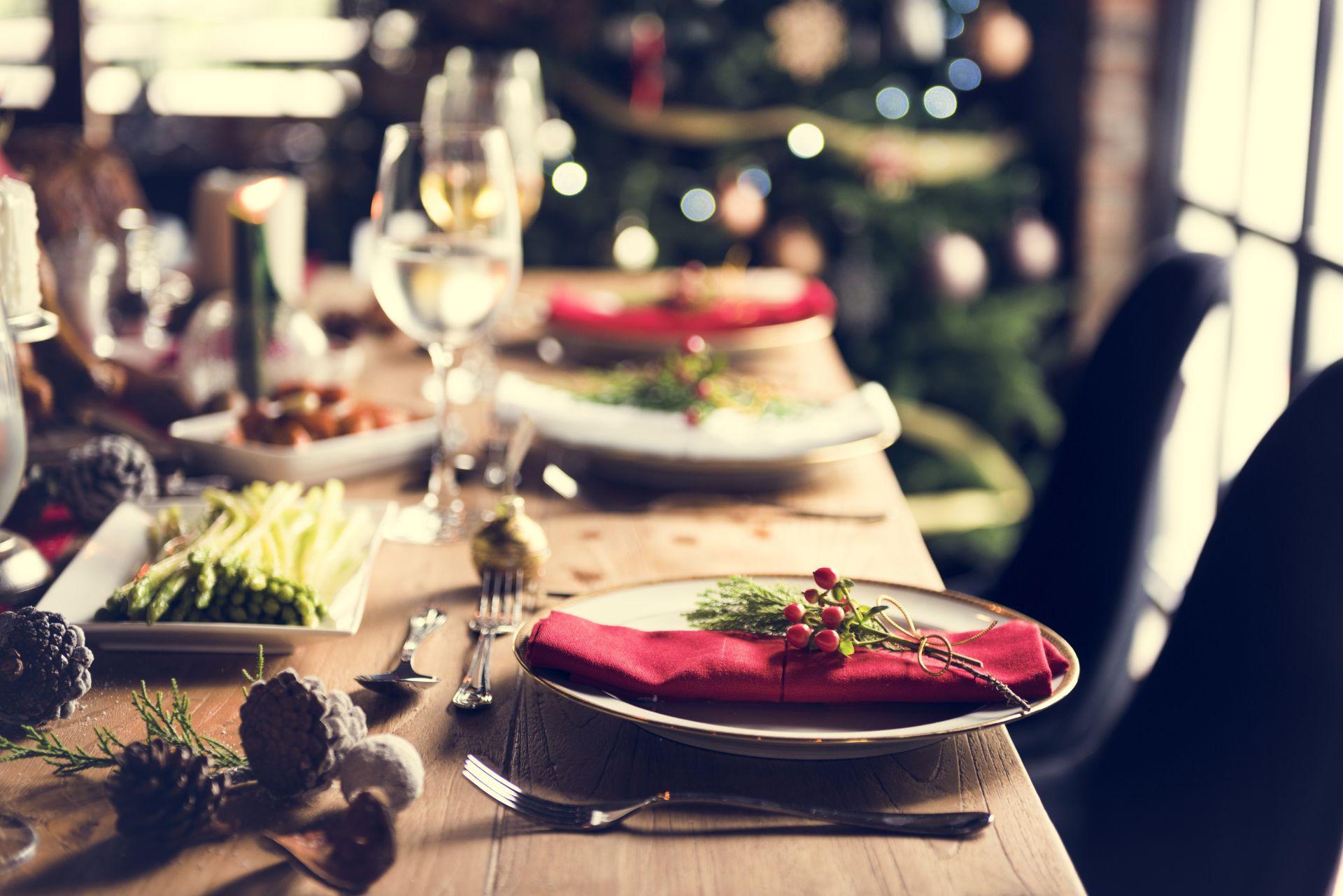 Do czego może prowadzić niezdrowa dieta? Zadbaj o cholesterol i serce nawet w czasie świąt Bożego Narodzenia - zmodyfikuj potrawy wigilijne, aby były zdrowsze i nie rezygnuj ze zdrowych nawyków żywieniowych.