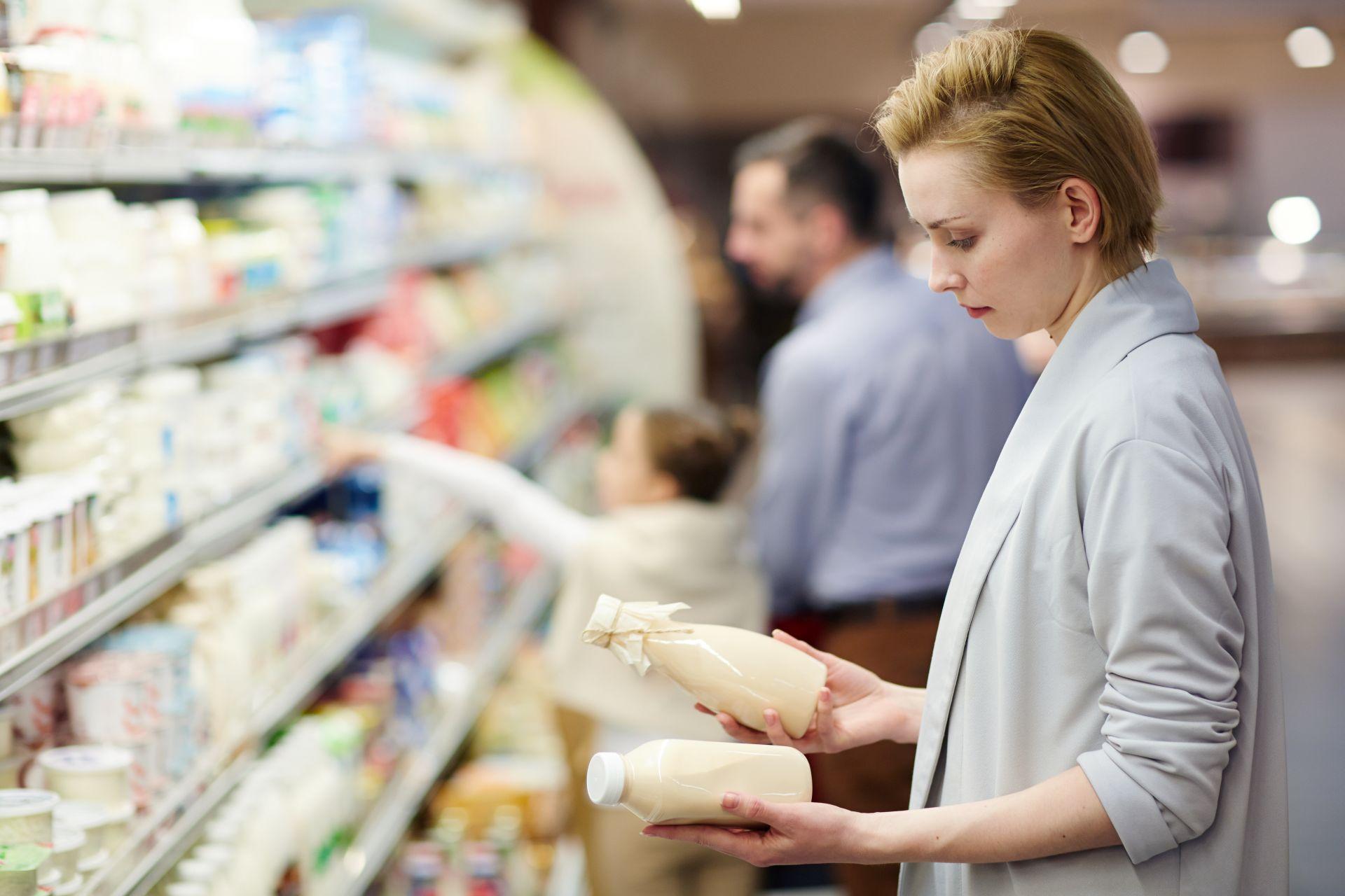 Dlaczego warto czytać etykiety produktów? Jak robić zdrowe zakupy? Jakie produkty wybierać, aby kierować się dietą dobrych produktów? Dowiedz się więcej.